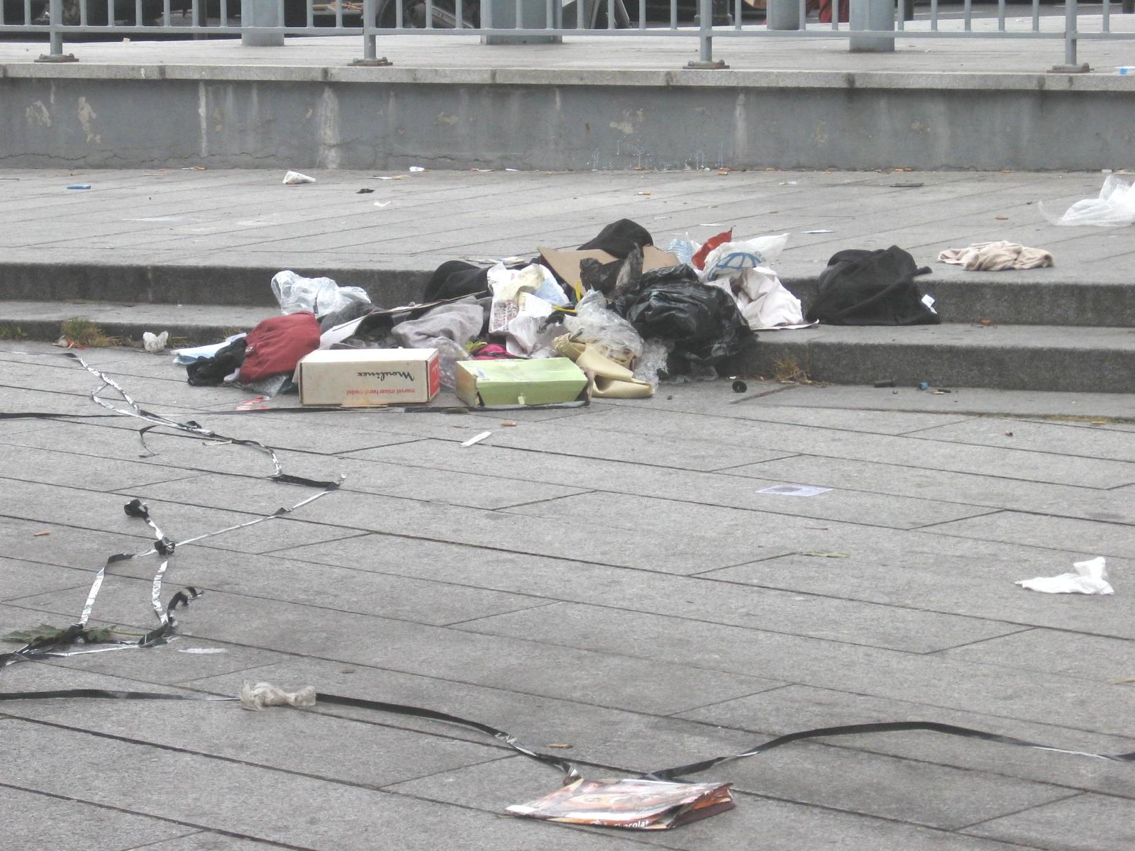déchets autour du parc
